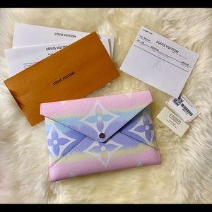 Louis Vuitton escale kirigami large clutch wallet